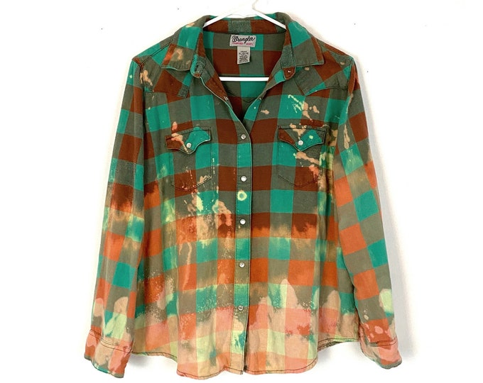 Vintage Wranglers WRancher Plaid Ombre Custom Bleached Button Down Shirt Long Sleeve Womens XL