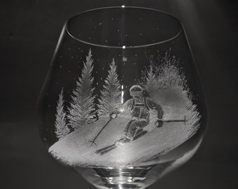 Customised Gin Glass - Skiing Gin Glass - Skier Gift - Skiing Gift - Glass Art - Mountians Glass - Wine Glass - Prosecco Glass - Beer Glass