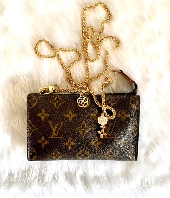 Authentic LOUIS VUITTON purse pm Bag