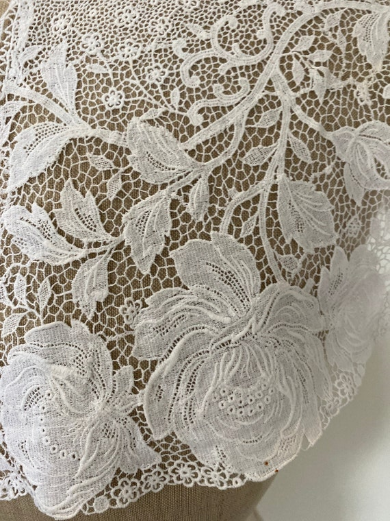 Vintage Rose Lace Collar - image 4