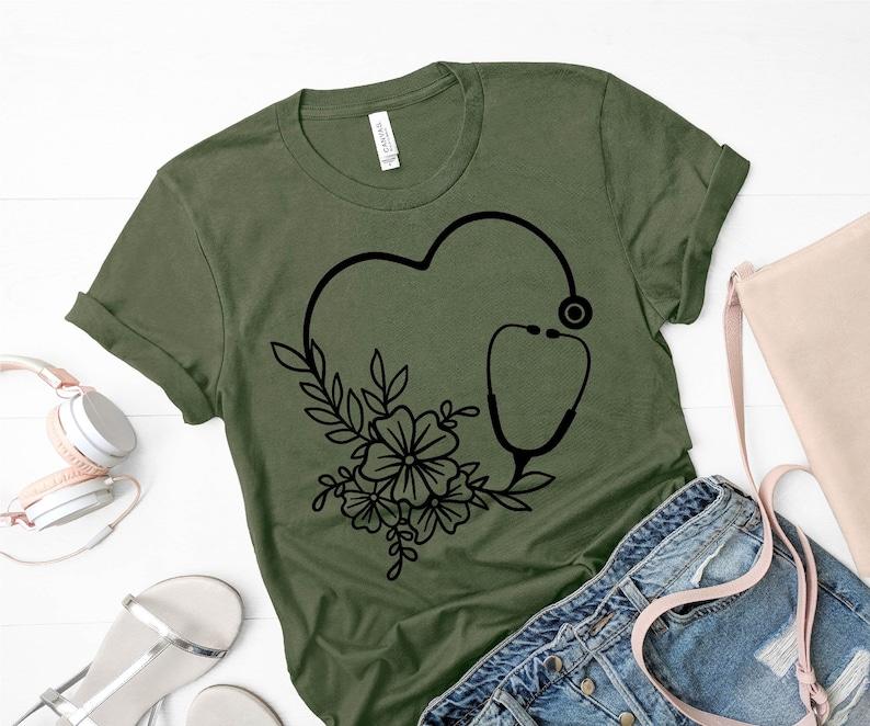 Gearhuman – Nurse Love Shirt Nurse life Shirt Nurse Saving Lives Nurse – 3D Tshirt – TH-0055