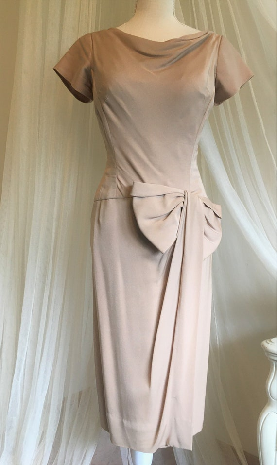 1950's nude pin up dress with bow