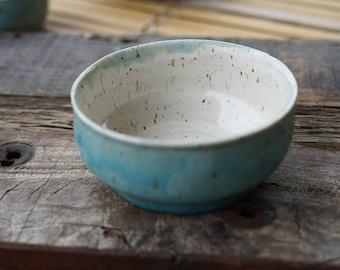 hand-potted ceramic bowl bowl for breakfast cereal, quark, etc.. in modern aquamarine Blue, pink and pastel green with a height of 13.5 cm height 5 cm
