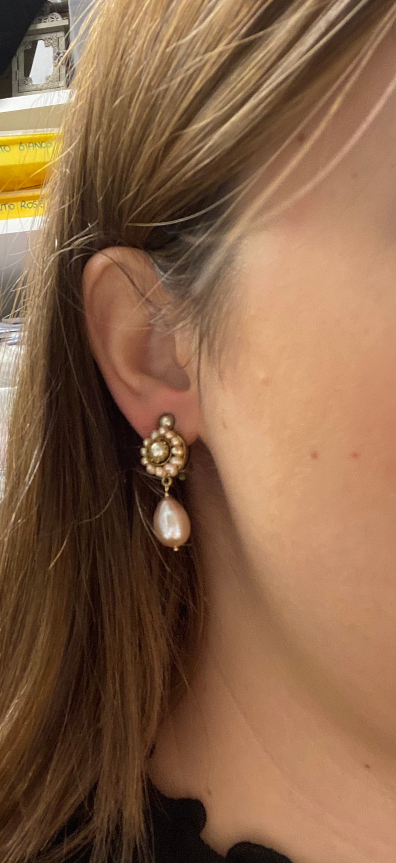Flower lobe earrings with clips micro pearls and drops of pink pearls