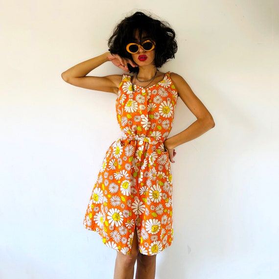 60s Floral orange daisy dress. Vintage boho dress,
