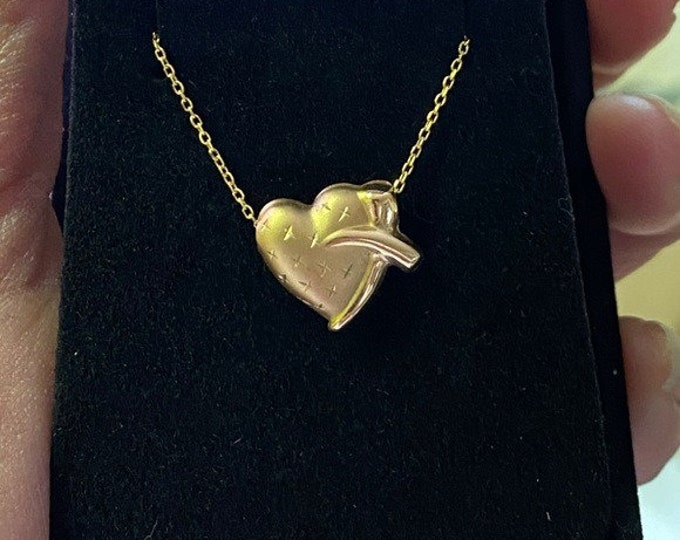 10K Gold Heart Puff Necklace
