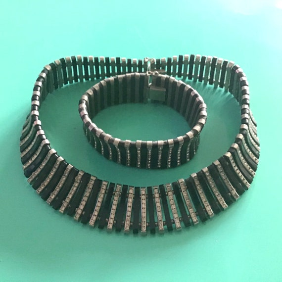 Stunning Art Deco Choker and Bracelet 30's
