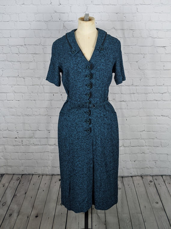 Beautiful Late 1940s Early 1950s Blue Knit Dress - image 1