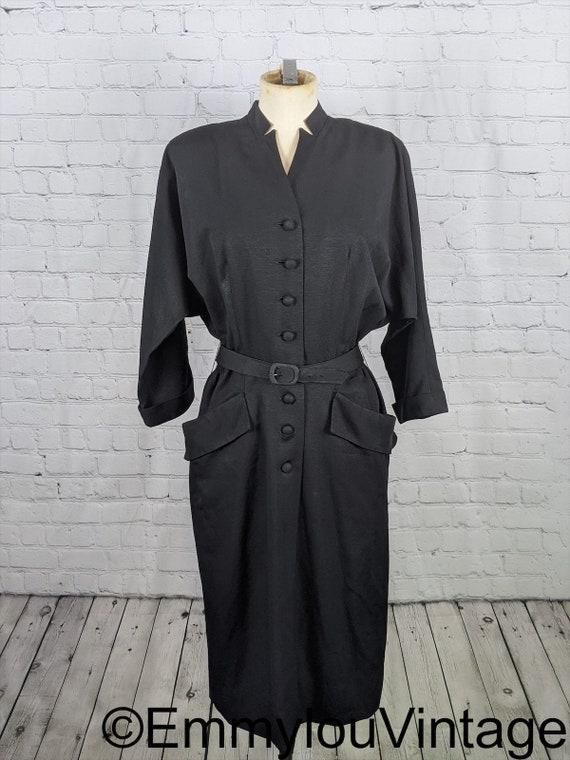 Sleek Late 1940s Early 1950s Dolman Sleeve Black D