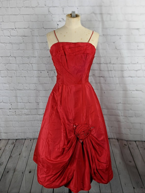 Wonderful 1950s Rose Red Gown
