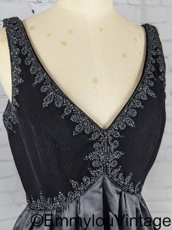 Stunning 1960s Black Velvet Beaded Evening Gown