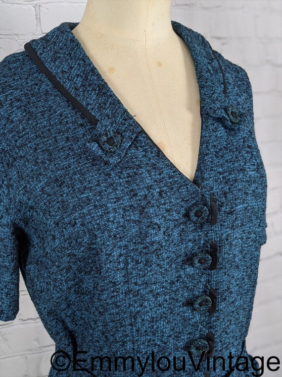 Beautiful Late 1940s Early 1950s Blue Knit Dress - image 2