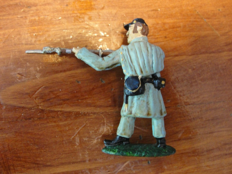 U.S Regular Infantry in Great Coat Civil War Union LeadTin Cast Toy Soldiers