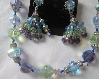 Blue Beaded Glass Green Crystals Rhinestone  Necklace /& Matching Clip On Earrings Sale Vendome Demi Parure