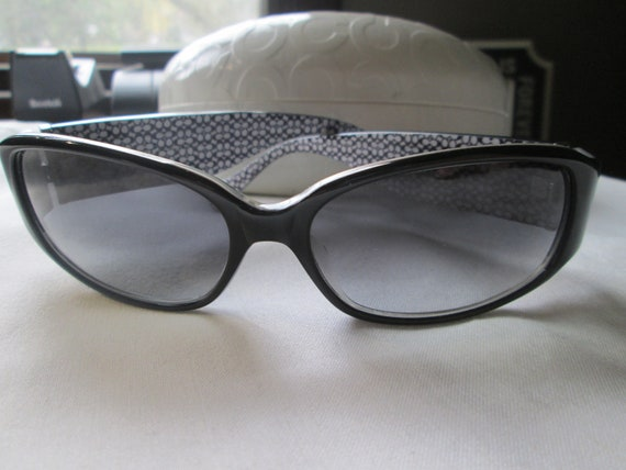 Vintage Coach Sunglasses With White Case