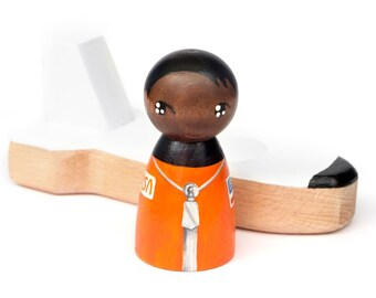 Mae Jemison PRE-ORDER Dream Big painted wooden peg doll and space shuttle, astronaut peg doll, astronaut toy, toys that promote diversity