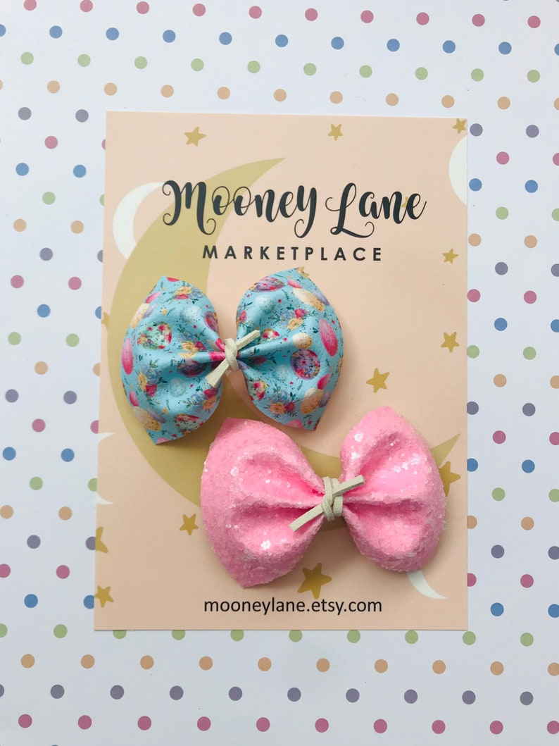 EASTER Collection Speckled Egg Bow Set On Clip
