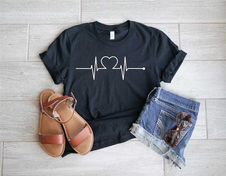 Gearhuman – Heartbeat Shirt Heartbeat Love Shirt Happy Valentines Day  –  Tshirt