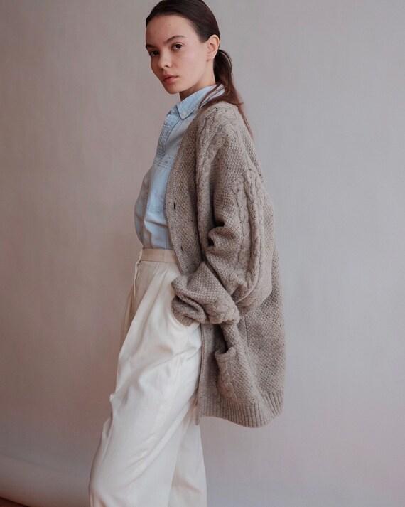 Vintage Women's Woolen Cardigan