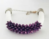 Crochet bracelet with purple spikes Gekko Beads and white beads with silver clasp | Hooked by Adinda