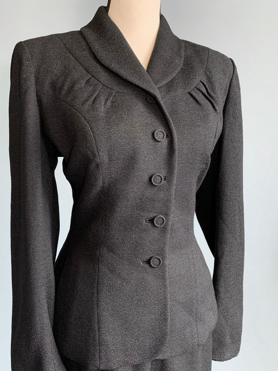 S 1940s charcoal gray jacket skirt suit - image 3