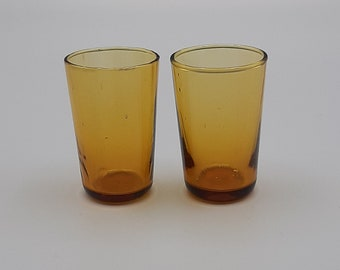 2x Vintage shot glasses amber, faceted around 1940 rare