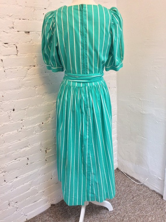 Laura Ashley Vintage 90s Tie Waist Midi Dress Gre… - image 4