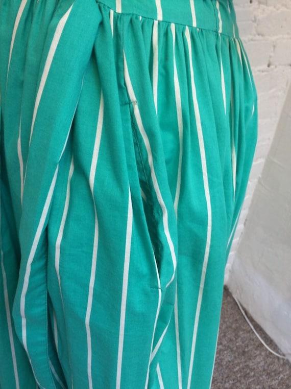 Laura Ashley Vintage 90s Tie Waist Midi Dress Gre… - image 5