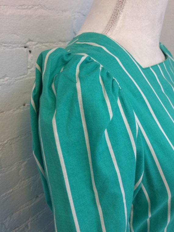 Laura Ashley Vintage 90s Tie Waist Midi Dress Gre… - image 2