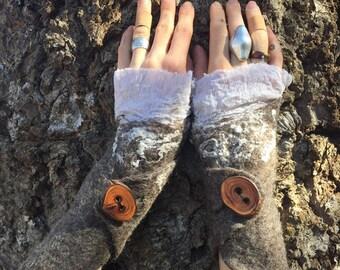 long Handfelted WRISTWARMERS, felted Wool Gauntlets, Silk and Gotland Armwarmers, Wool Accessory, Faerie Cuff, Woodland Wristwarmers