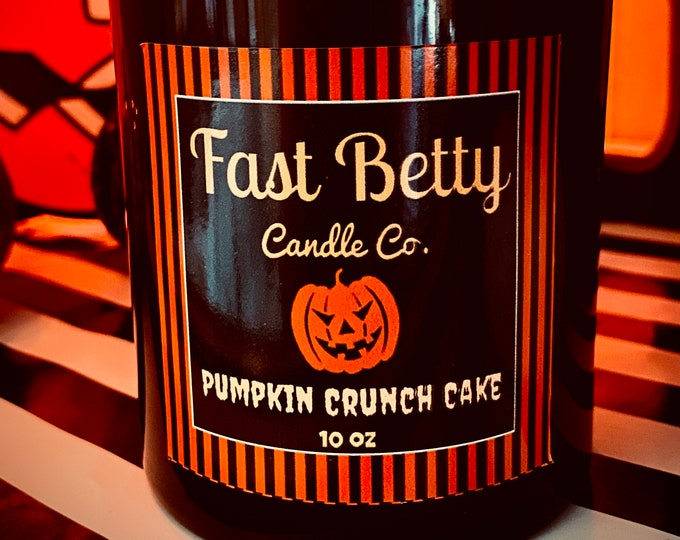 10oz | PUMPKIN CRUNCH CAKE | Halloween & Fall hand poured soy candle | black glass tumbler