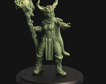 Tytan Troll Miniatures - Player Character Mini - Elf Druid