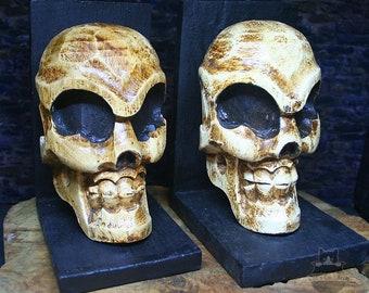 Skull Bookends Wooden Carved Bookstands Figure Voodoo Dark Arts Medieval Shaman