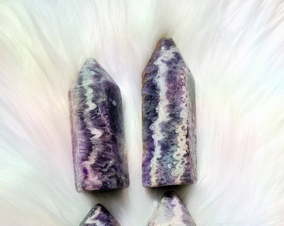 Moroccan Chevron Amethyst Point