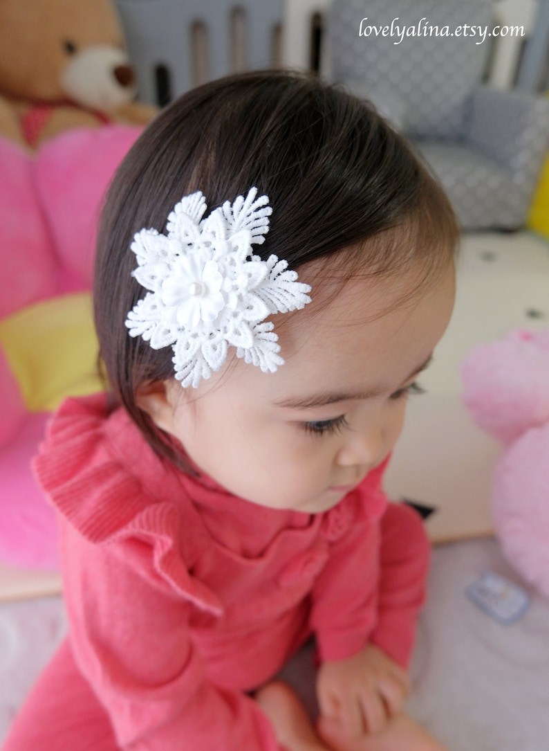 Little Girls Head Band Photo Prop Toddler Hair Pin SNOWFLAKE LACE Hair Clip Winter White Baby Headband Christmas Girl Hairband
