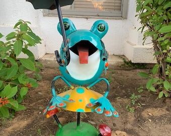 Metal Frog Yard Art Etsy