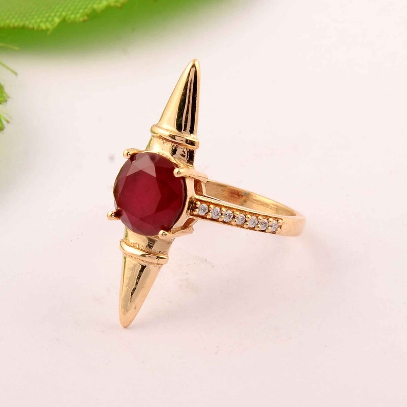Brass woman Ring,Red Onyx Ring,Vintage Ring,gift for mother,december Birthstone Month Ring,Ethnic Ring,wedding ring,boho ring,gifts for her