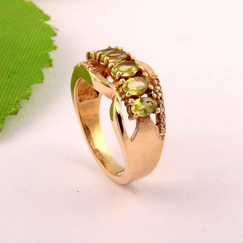 Brass ring,Peridot Ring,multi-stone Ring,mother gift,Womens Rings,vintage rings,chunky Ring,bridesmaid Gift,engagement ring-gift for her