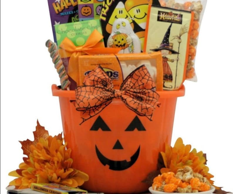 Trick-or-Treater Special Halloween Gift Basket