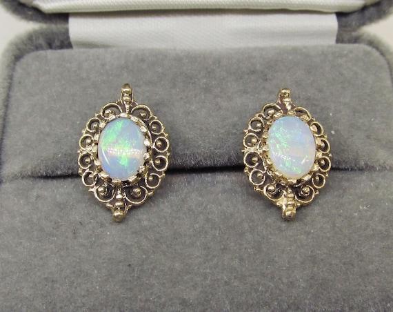 Opal Earrings Victorian Style 14Kt Gold (1027)