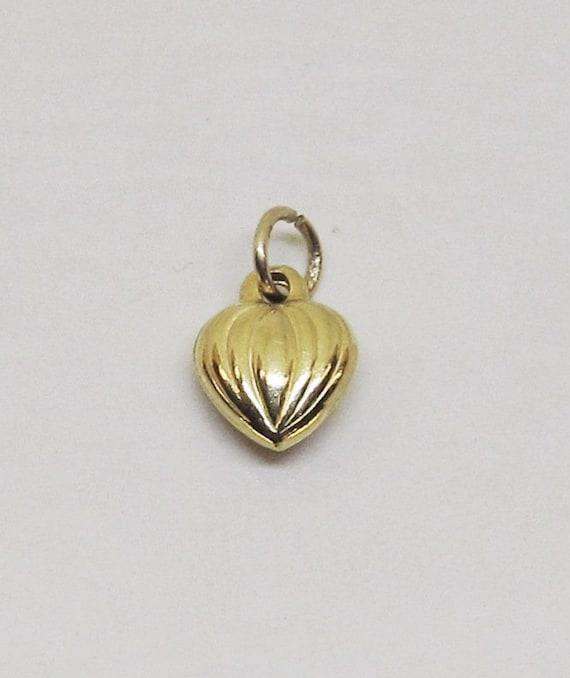 Puffed Heart Charm/Pendant 14Kt Yellow Gold