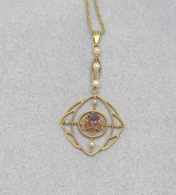 Art Nouveau Pendant 14Kt Gold Oriental Pearls and