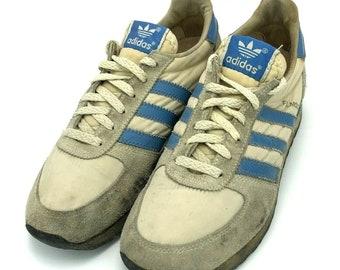 الصبر أي واحد المالية adidas vintage sneakers
