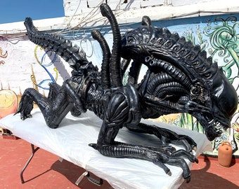 Figure Alien Warrior Scale 1:1