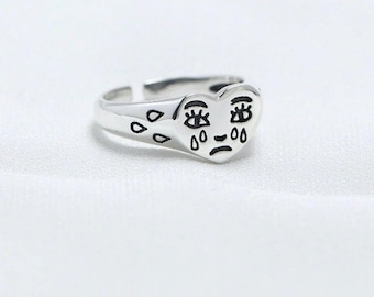 Daetlmn Crying Heart Ring Silver Sad Face Ring for Women Girls Fun Crying Face Ring Love Heart Jewelry Gifts