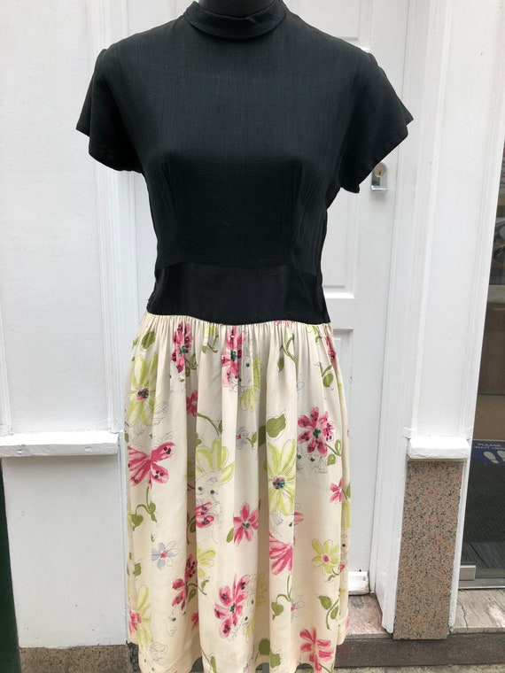 Cute 40's novelty print swing dress