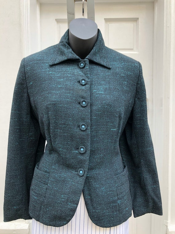 A 1940's fitted jacket