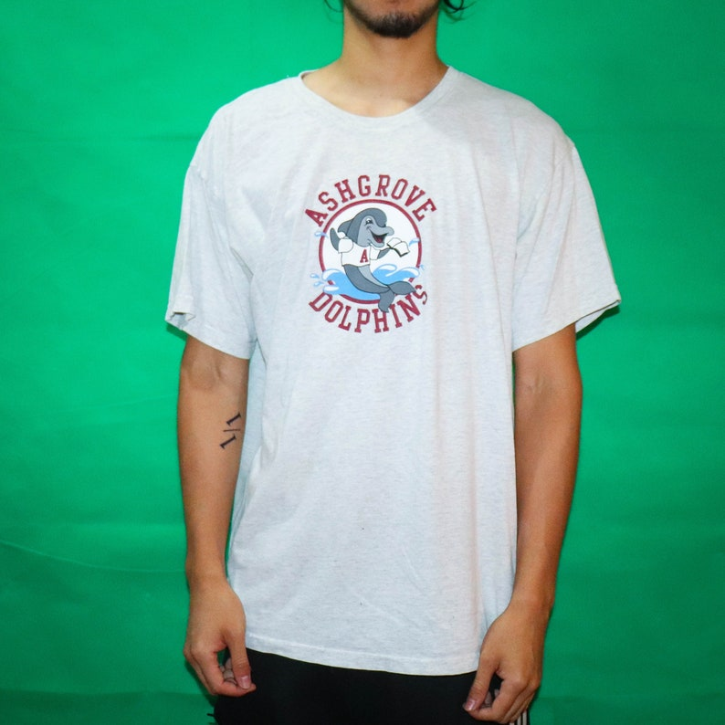 Dolphin T-shirt image 0