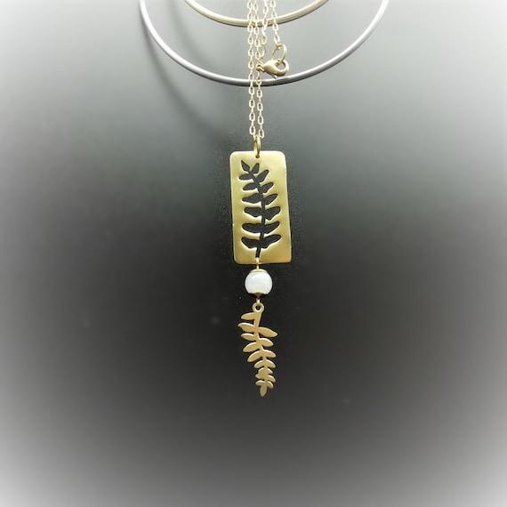 Moonstone earrings and raw brass  Free/'ethnik  Hoopstone