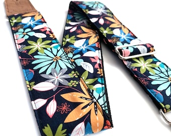 Vegan guitar strap, Gift for guitarists, Strong and durable, Suitable for bass and other heavy instruments, Handmade with unique fabrics